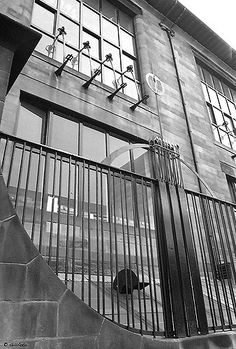 Charles Rennie Mackintosh 1868 - 1928 When we first moved to Glasgow in the the name Charles Rennie Mackintosh did no. Lanscape Design, Art Deco Hotel, Charles Rennie Mackintosh, Glasgow School Of Art, Wrought Iron Gates, Art And Craft Design, Famous Architects, Iron Art, Stair Railing