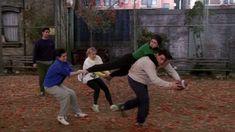 Friends Funny Moments, Serie Friends, Friends Scenes, Funny Friend Memes, Friends Cast, Friends Episodes, Friends Gif, I Love My Friends, Friends Tv Show
