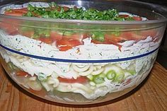 Italienischer Schichtsalat Italian layered salad Layered salad Mexican styleFruity – spicy layered salad from Salad Recipes Healthy Lunch, Salad Recipes For Dinner, Chicken Salad Recipes, Salmon Recipes, Lunch Recipes, Fall Recipes, Dessert Recipes, Healthy Lunches, Brownie Recipes