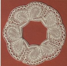 Nyborg Husflidsskole Types Of Lace, Bobbin Lace Patterns, Lace Braid, Textiles, Lacemaking, Lace Heart, Lace Jewelry, Linens And Lace, Sewing Stores