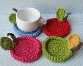 Crochet fruit coasters, Chistmas gift idea, red, green, pink and blue sky crochet apple Crochet Fruit, Crochet Diy, Crochet Home, Crochet Doilies, Crochet Flowers, Crochet Apple, Crochet Ideas, Crochet Designs, Crochet Patterns