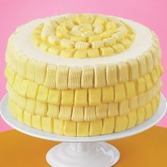 Surprise guests with an updated basketweave cake design! Wilton Decorating Tip 2B forms basketweave icing loops that cover the cake; reversing the tip edge creates a distinctive look for your celebration.