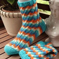 Tunisian Crochet, Knit Crochet, Mitten Gloves, Mittens, Knitting Socks, Knit Socks, Kissa, Blog, How To Make