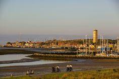Overnachten in Stayokay met uitzicht over de enige natuurlijke baai van Nederland http://www.schoolreisnaarterschelling.nl