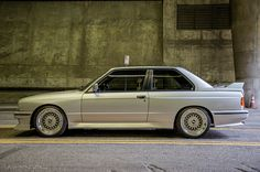 BMW E30 M3. i am in love with this car