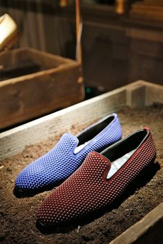 Louis Leeman sleek slippers.