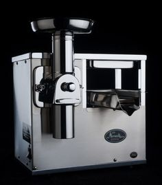 The Norwalk Juicer Model 280 is actually a combination of two machines sharing the same body and powered by the same motor. A Vortex Triturating Head for complete cutting and grinding and a Hydraulic Press which extracts the nutrients from the pulp provided by the Triturator.