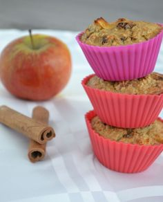 Oat muffins with cinnamon and apple, sugar-free Healthy Muffins, Healthy Sweets, Healthy Baking, Oat Muffins, Appel Muffins, Healthy Meals, Healthy Food, Love Eat, Love Food
