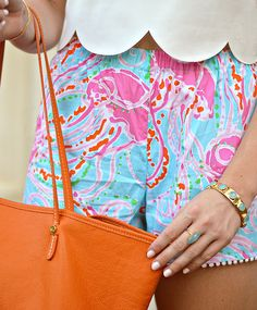 #printedshorts #whiteshirt #orangepurse