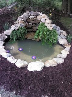 Gorgeous Backyard Ponds and Water Garden Landscaping Ideas (78)