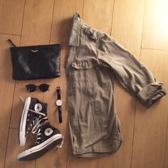 Camo jacket x black accessories,  spring vibes ✌☀️️.