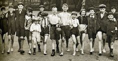 London in the 1920's-Hyde Park - A lovely picture of schoolchildren making their way to the Serpentine for fun and games, splashing about and fishing for sticklebacks.