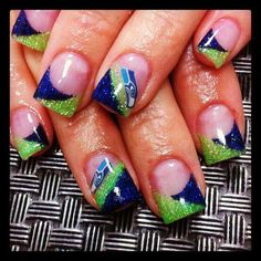 What to Wear to the Game….for all of us Seahawks fans! Cool Nail Designs, Seahawks Nails, Football Nail Art, Seahawks Football, Seattle Seahawks, Football Team, Football Season, 12th Man, How To Do Nails