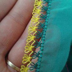 #ceyiz#ceyizhazirligi#bohca#bohcahazirligi#gelinevi#damatbohcasi#ceyiz#elemegi#oya#yaa#oyamodeli#fular#şal#igneoyasisal Tatting, Needle Lace, Elsa, Diy And Crafts, Embroidery, Sewing, Instagram, Fabric, Fabric Necklace