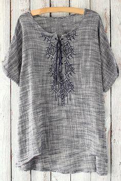 Ethnic Style Embroidery Round Neck Short Sleeve T-Shirt