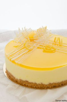sit run a moussekakku Cheesecake Recipes, Dessert Recipes, Cheesecake Decoration, Summer Cakes, Savoury Baking, Sweet Pastries, Just Cakes, Pastry Cake, Eat Dessert First