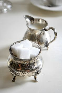Sweet silver sugar & creamer