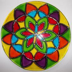 Mandalas en vidrio: Ideas novedosas pintadas a mano - Mandalas Krishna, Holiday Crafts, Art Projects, Flora, Bulb, Glass, Painting, Beautiful, Google