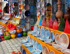''Nabeul'' Nabeul is located about 20 km from the city of Hammamet. Coastal city located in the eastern city of Tunis is famous as a producer of handicrafts, especially pottery.