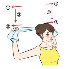 横から見ると肩だけが前に突き出ているように見える「巻き肩」。放っておくと美容や健康に悪影響を与えます。そんな歪み癖の付いた肩をタオルでストレッチし、真の美姿勢になる方法をご紹介します!