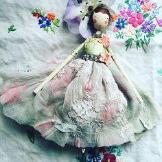 Miss Leaf #sammckechniedolls #sammckechnie #dollmaker #springtime #themagpieandthewardrobe #magpieandthewardrobe