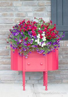 repurposed planter ideas - made from an old sewing table via paint yourself a smile / grillo designs