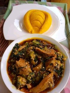 Sweetheart I know you're hungry right now. Olando just offer us this delicious meal🥰🥰🥰 oh my darling OKRO SOUP AND EBA😩😩😩😩 Nigerian Soup Recipe, Good Food, Yummy Food, Kitchen Equipment, Okra, Soup Recipes, Food Photography, Food Porn, I'm Fat