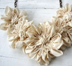Items similar to Necklace. Natural Cotton Flower Bib Statement Jewelry, Fabric Flower Necklace by AutumnArt on Etsy on Etsy Handmade Flowers, Diy Flowers, Fabric Flowers, Paper Flowers, Textile Jewelry, Fabric Jewelry, Fabric Flower Necklace, Flower Jewelry, Fleurs Diy