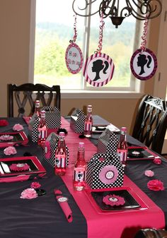 Barbi Theme - Meal Table & Runner