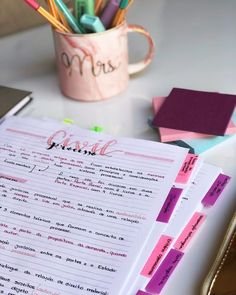 Easy Bullet Journal Ideas To Well Organize & Accelerate Your Ambitious Goals School Goals, School Study Tips, School Hacks, School Motivation, Study Motivation, Note Taking Tips, College Notes, Study Organization, Pretty Notes