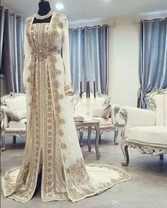 Moroccan Caftan Kaftan Evening Dresses Dubai Abaya Arabic Long Sleeves Amazing Gold Embroidery Square-Neck Occasion Prom Formal Gowns sold by Babybridal on Storenvy Arabic Wedding Dresses, Arab Wedding, Arabic Dress, Bridal Dresses, Wedding Hijab, Bridal Gown, Dress Wedding, Prom Dresses, Wedding Bride