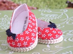 Very cute little daisy print ballet flats for your American girl doll, or 18 inch doll. All my apparel is made in my smoke free home.
