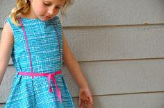 702daad7fe94e9 122 beste afbeeldingen van Kleedjes - Sewing Projects