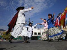 argentina+flklor+daDancing   Music and dance run through the gauchos' veins