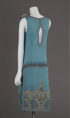 Silk crepe embroidered with glass beads and metallic thread, 1927 - 2 Back