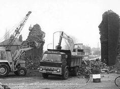 Demolition of Thackeray's Lane railway bridge, Woodthorpe Young Lad, Industrial Architecture, History Photos, Derbyshire, Nottingham, Old Trucks, Animal Crossing, Old Photos, Monster Trucks