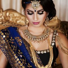 beautiful and rich combination of navy & gold! love the makeup too!