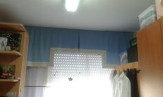 Bandó en forma de castillo, pliegue en el centro y cortina recta (efecto estor)
