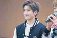 [11.11.16] Hongdae Fansign Event - JinJin