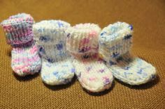 Knit Baby Booties, Baby Knitting, Baby Shoes, Slippers, Booty, Clothes, Baby Knits, Relax, Bikini