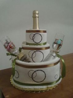 engagment towel cake