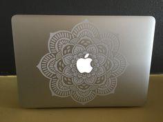 Une fleur de mandala pour macbook