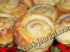 Вкусные сахарные булочки