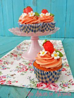 Los Dulces de Victoria: Cupcakes de Fresas.