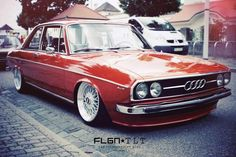 Audi nice car just don't like the fact that it's lowered to the ground Classic Cars Volkswagen, Vw Mk1, Retro Cars, Vintage Cars, Automobile, Classic Mercedes, Audi Sport, Audi Cars, Car Car