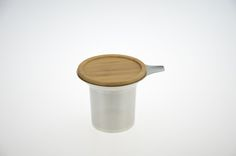 stainless steel tea strainer with wooden lid