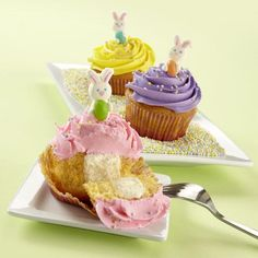 How to make cupcakes filled with Limited Edition Marshmallow Candy Melts® Candy.