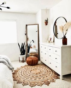 Home Decor Ideas Interior Design .Home Decor Ideas Interior Design Bedroom Inspo, Home Bedroom, Room Decor Bedroom, Light Bedroom, Bedroom Decor Natural, Target Bedroom, Classic Bedroom Decor, Indie Bedroom, Simple Bedroom Decor