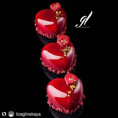 Romantic monoportions made with Amorini mould by via Valentine Desserts, Valentine Cake, Fancy Desserts, Beautiful Cakes, Amazing Cakes, Chocolate Macaroons, Mirror Glaze Cake, Mousse Cake, Cute Food