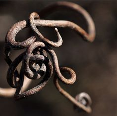 justcallmegrace:    Gordian knot by justmakeit